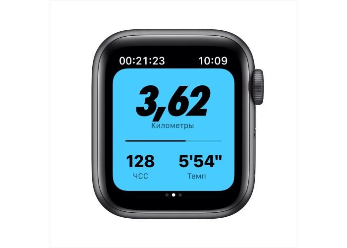 Apple Watch Nike SE, 40 мм, корпус из алюминия цвета «серый космос», спортивный ремешок Nike